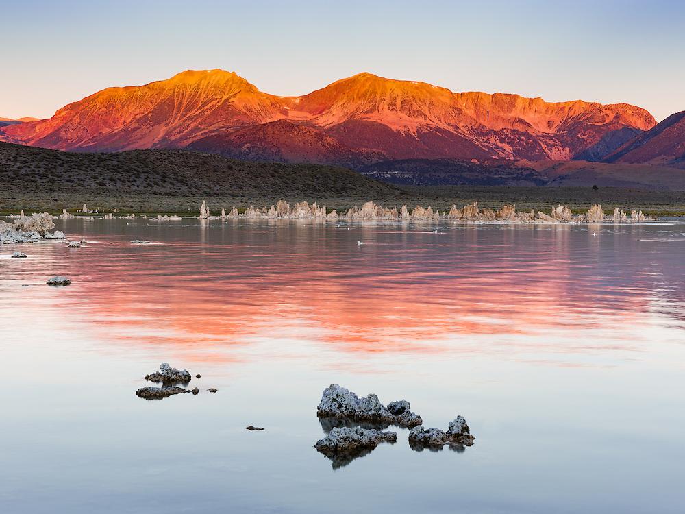 http://Duncan.co/mono-lake-sunrise-2