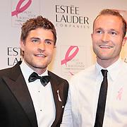 NLD/Amsterdam/20110929 - Inloop Estee Lauder Pink Ribbon Award Gala 2011 in de Beurs van Berlage, Koert Jan d Bruijn en .....