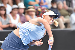 January 6, 2018 - Auckland, Auckland, New Zealand - Sofia Kenin of USA serves in her Quarter-final match against  Caroline Wozniacki of Denmark  during the WTA Women's Tournament at ASB Centre Count in Auckland, New Zealand on Jan 6, 2018. (Credit Image: © Shirley Kwok/Pacific Press via ZUMA Wire)