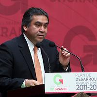 Toluca,  Mex -  Baruch Delgado Carbajal, presidente del TSJEM durante la presentacion del Plan de  Desarrollo Estatal 2011-2017 del gobernador Eruviel Avila Villegas.   Agencia MVT / Jose Hernadez