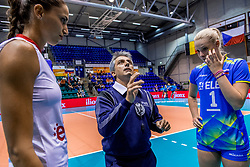22-08-2017 NED: World Qualifications Slovenia - Bulgaria, Rotterdam<br /> Bulgaria win 3-1 against Slovenia / Referee, Eva Mori #1 of Slovenia, Elitsa Vasileva #16 of Bulgaria<br /> Photo by Ronald Hoogendoorn / Sportida