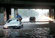 Oversvømmelse på Lyngby Motorvejen efter skybrud.