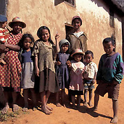 Madagascar-People, Families in village.