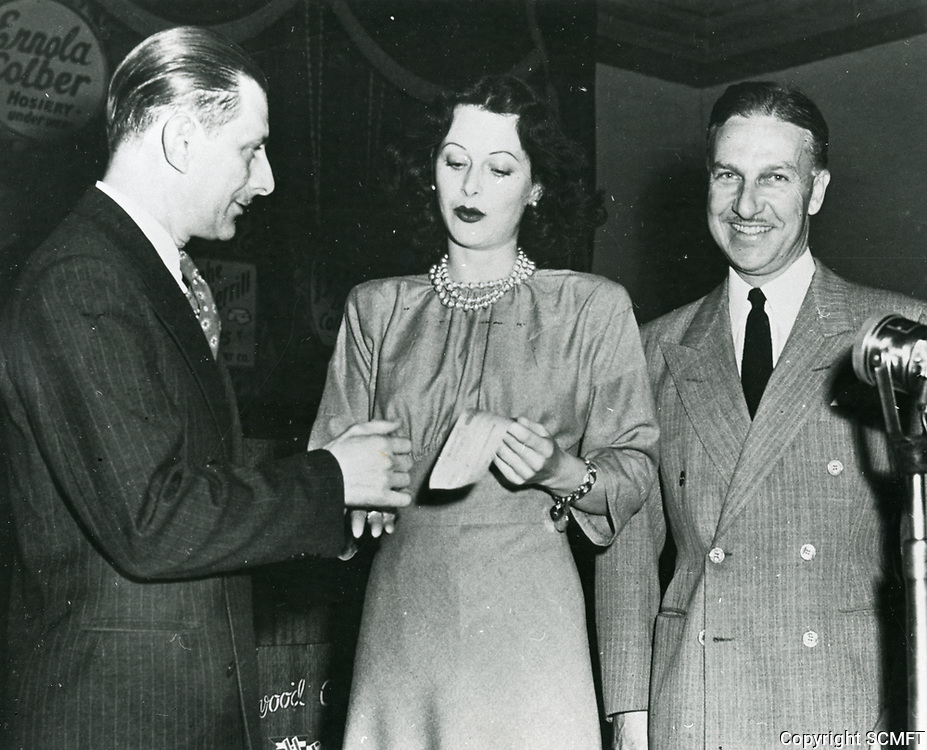 1943 Hedy Lamarr at the Hollywood Canteen
