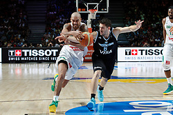 07.09.2014, Palacio de los deportes, Madrid, ESP, FIBA WM, Brasilien vs Argentinien, Achtelfinale, im Bild Brazil´s Vieira (L) and Argentina´s Mata // during FIBA Basketball World Cup Spain 2014 match between X and X at the Palacio de los deportes in Madrid, Spain on 2014/09/07. EXPA Pictures © 2014, PhotoCredit: EXPA/ Alterphotos/ Victor Blanco<br /> <br /> *****ATTENTION - OUT of ESP, SUI*****