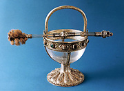 Masterpiece of goldsmith's art: silver-gilt, rock crystal and precious stones. Sacred vessel. Portugal 15th century.