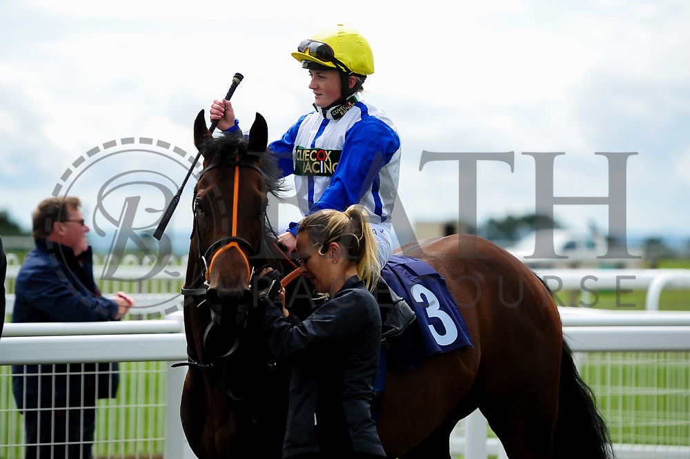 Swiss Chill ridden by Hollie Doyle  and trained by Clive Cox in the Best Free Tips At Valuerater.Co.Uk Handicap (Bath Summer Sprint Series Qualifier)(Class 6) race. - Ryan Hiscott/JMP - 07/08/2019 - PR - Bath Racecourse - Bath, England - Race Meeting at Bath Racecourse