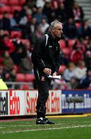 Photo: Andrew Unwin.<br /> Sunderland v Tottenham Hotspur. The Barclays Premiership. 12/02/2006.<br /> Sunderland's manager, Mick McCarthy.