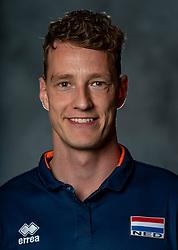 14-05-2019 NED: Photoshoot national volleyball team Women, Arnhem<br /> Kenny Odijk, Fysio Netherlands