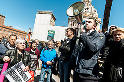 April 30, 2019 - Rome, italy, Italy - Ambulants in protest in Piazza Madonna di Loreto. To demonstrate about 200 Roman against the relocations initiated by the administration of the Mayor Virginia Raggi, each town hall, in accordance with the provisions of Resolution 30 passed in the Capital Assembly. on APRIL 30, 2019 in Rome, Italy. (Credit Image: © Andrea Ronchini/NurPhoto via ZUMA Press)