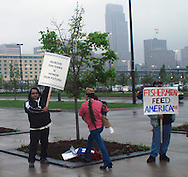 5/5/07Omaha NE Protesters outside the Qwest Center Omaha during the Berkshire Hathaway annual meeting Saturday morning...(photo by Chris Machian/Prarie Pixel Group).
