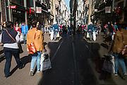 Winkelstaat in het centrum van Den Haag - Shopping street in the centre of The Hague, Netherlands