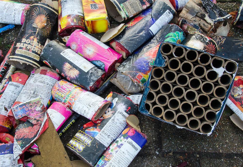 1jan  2014 <br /> Afval van het afgestoken vuurwerk.<br /> (c)renee teunis
