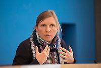 DEU, Deutschland, Germany, Berlin, 15.05.2019: Corinna Rüffer (MdB, Die Grünen) in der Bundespressekonferenz anlässlich der Vorstellung des Jahresberichts 2018 des Petitionsausschusses.