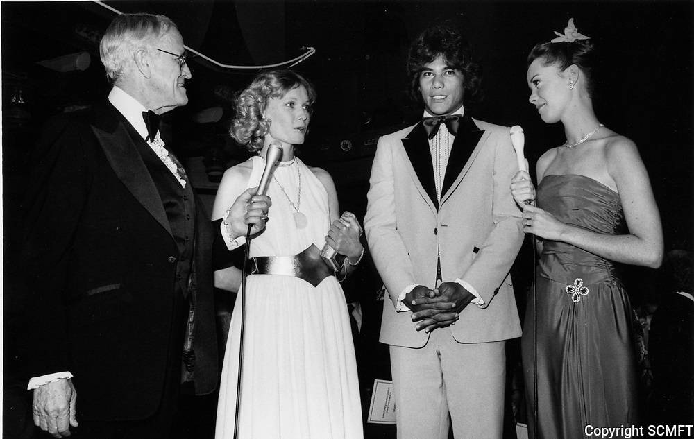 """1979 Bill Welsh & Anne Lockhart interview Mia Farrow & Dayton Kane at the premiere of """"Hurricane"""" at Mann's Chinese Theater"""