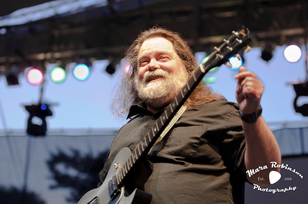 Roky Erickson of the 13th Floor Elevators live at the 2012 Nelsonville Music Festival photo by Mara Robinson