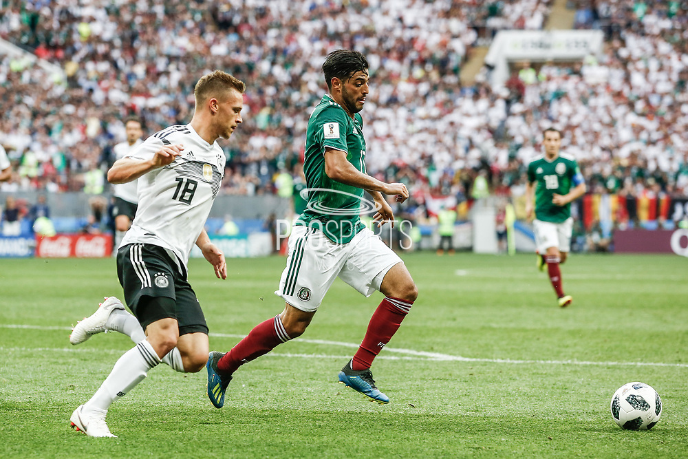 Carlos Vela of Mexico and Joshua Kimmich of Germany during the 2018 FIFA World Cup Russia, Group F football match between Germany and Mexico on June 17, 2018 at Luzhniki Stadium in Moscow, Russia - Photo Thiago Bernardes / FramePhoto / ProSportsImages / DPPI