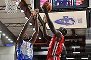 DESCRIZIONE : Beko Legabasket Serie A 2015- 2016 Dinamo Banco di Sardegna Sassari - Olimpia EA7 Emporio Armani Milano<br /> GIOCATORE : Charles Jenkins<br /> CATEGORIA : Tiro Penetrazione Sottomano<br /> SQUADRA : Olimpia EA7 Emporio Armani Milano<br /> EVENTO : Beko Legabasket Serie A 2015-2016<br /> GARA : Dinamo Banco di Sardegna Sassari - Olimpia EA7 Emporio Armani Milano<br /> DATA : 04/05/2016<br /> SPORT : Pallacanestro <br /> AUTORE : Agenzia Ciamillo-Castoria/C.AtzoriCastoria/C.Atzori
