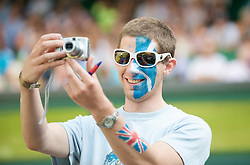 LONDON, ENGLAND - Thursday, June 25, 2009: An Andy Murray supporter during the Gentlemen's Singles 2nd Round match on day four of the Wimbledon Lawn Tennis Championships at the All England Lawn Tennis and Croquet Club. (Pic by David Rawcliffe/Propaganda)