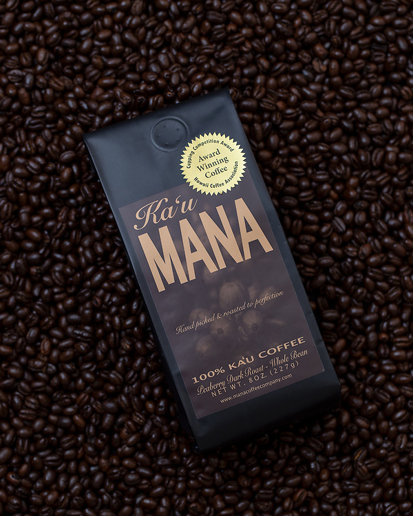Dark roast notes:  This espresso-style dark roast is deep, layered, rich, and clean. Bittersweet but never burned, this roast possesses strong qualities of dark chocolate, pipe tobacco, and molasses, and leaves the palate with crisp walnut and spicy cedar. <br /> <br /> While perfect with dairy, it is refreshingly crisp served black after a meal.<br /> <br /> Aroma: Almond, cherry, and smokey smooth.<br /> <br /> Flavor: Dark chocolate, dry, crisp walnut and spice.<br /> <br /> Palate: Full and almost chewy.