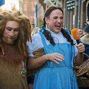 NLD/Amsterdam/20190401 - Opening Burgerroom Gordon, verkleed als Betty uit Wizrd of Oz