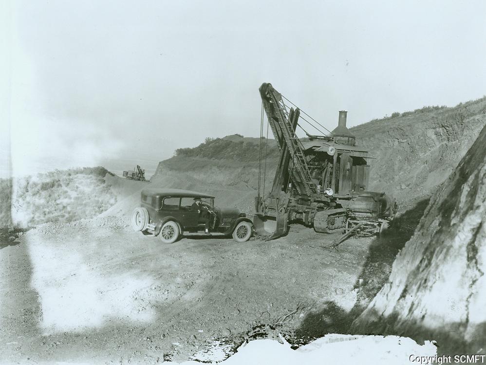 1924 Building Mulholland Highway