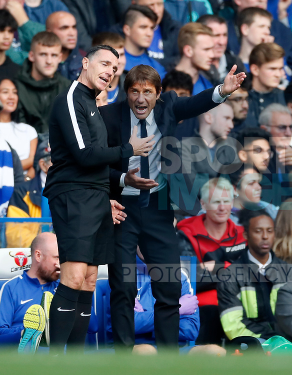 Chelsea's Antonio Conte complains to the fourth official during the premier league match at Stamford Bridge Stadium, London. Picture date 17th September 2017. Picture credit should read: David Klein/Sportimage