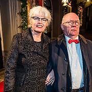 NLD/Amsterdam/20161222 - Première 32ste Wereldkerstcircus, Harry Slinger en partner Marijke van der Pol