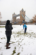 Snowman at Tower Bridge - London England .<br /> <br /> Visit our ENGLAND PHOTO COLLECTIONS for more photos to download or buy as wall art prints https://funkystock.photoshelter.com/gallery-collection/Pictures-Images-of-England-Photos-of-English-Historic-Landmark-Sites/C0000SnAAiGINuEQ