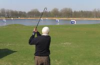 NAARDEN - Floating Driving Range Golfbaan Naarderbos