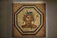 Bacchus.<br /> Lemusee gallo-romain de Lyona ete construit pres des theatres romains, sur la colline deFourviere, situee autrefois au cœur de la cite romaine de Lugdunum. <br /> Capitale de la province Lyonnaise, c etait une cite gallo-romaine importante et prospere qui a laisse de nombreux vestiges.<br /> Le musee actuel, construit par l architecteBernard Zehrfussa ete inaugure en 1975. Le batiment est inscrit en bordure du site antique, enterre sous la colline de fourviere.Les deux monuments majeurs de la cite : le theatre et l odeon, sont desormais integres au secteur classePatrimoine Mondialpar l UNESCO.A l interieur, on y accede par une rampe en beton brut descendant en spirale et se ramifiant vers des paliers destines a l exposition des collections du musée.<br /> Ce musee reçoit a peu pres 100 000 visiteurs par an.