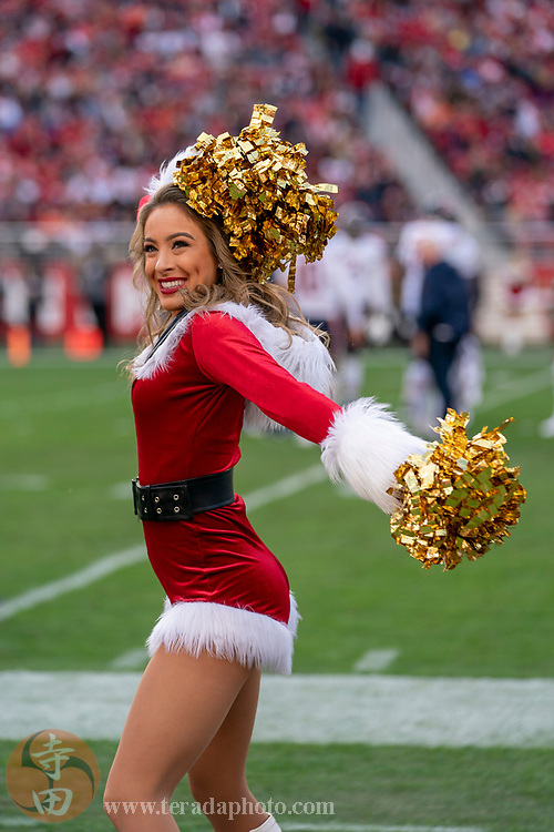 December 23, 2018; Santa Clara, CA, USA; San Francisco 49ers Gold Rush cheerleader Lauren during the third quarter against the Chicago Bears at Levi's Stadium.