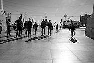 Portugal. Praca do commercio. / vieux tramway. Lisbonne place du commerce