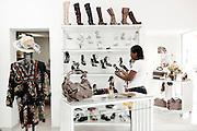 Ituiutaba_MG, Brasil...Comercio calcadista da cidade de Ituiutaba, Minas Gerais. Na foto uma loja de calcados...The footwear commerce in Ituiutaba, Minas Gerais. In this photo, the footwear store...Foto: BRUNO MAGALHAES / NITRO
