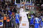 DESCRIZIONE : Campionato 2013/14 Acea Virtus Roma - Dinamo Banco di Sardegna Sassari<br /> GIOCATORE : Quinton Hosley<br /> CATEGORIA : Schiacciata<br /> SQUADRA : Acea Virtus Roma<br /> EVENTO : LegaBasket Serie A Beko 2013/2014<br /> GARA : Acea Virtus Roma - Dinamo Banco di Sardegna Sassari<br /> DATA : 26/12/2013<br /> SPORT : Pallacanestro <br /> AUTORE : Agenzia Ciamillo-Castoria / GiulioCiamillo<br /> Galleria : LegaBasket Serie A Beko 2013/2014<br /> Fotonotizia : Campionato 2013/14 Acea Virtus Roma - Dinamo Banco di Sardegna Sassari<br /> Predefinita :