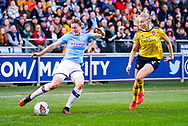 Manchester City Women forward Ellen White (18) and Arsenal Women defender Leah Williamson (6) during the FA Women's Super League match between Manchester City Women and Arsenal Women FC at the Sport City Academy Stadium, Manchester, United Kingdom on 2 February 2020.