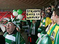 Photo: Andrew Unwin.<br />Sunderland v Northwich Victoria. The FA Cup. 08/01/2006.<br />Northwich Victoria Fans aim for Wembley.