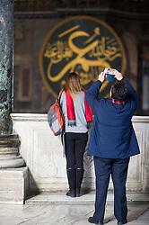 THEMENBILD - Touristen in der Hagia Sophia. Istanbul, früher Konstantinopel, ist die größte Stadt der Türkei. Sie liegt am Bosporus und liegt am Schnittpunkt von Asien und Europa. Aufgenommen am 04.03.2016 in Istanbul, Türkei // Tourists inside Ayasofya. Istanbul, former Constantinople, is the biggest City of Turkey. Turkey on 2016/03/04. EXPA Pictures © 2016, PhotoCredit: EXPA/ Michael Gruber