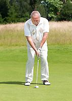 TETERINGEN - Instructie met Cees Renders en Tom O'mahoney voor Golfjournaal. FOTO KOEN SUYK