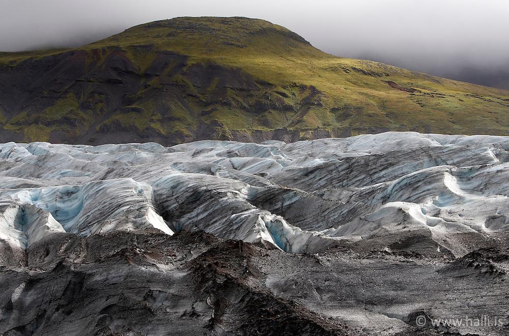 The glacier Svinafellsjokull in Skaftafell, Iceland - Svínafellsjökull við Skaftafell