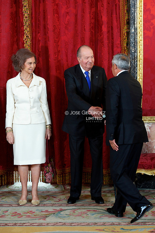 King Juan Carlos of Spain, Queen Sofia of Spain, Prince Felipe of Spain and Princess Letizia attend the Lunch in honor of Otto Fernando Perez Molinathe President of the Republic of Guatemala and Ms. Rosa Leal at Royal Palace in Madrid