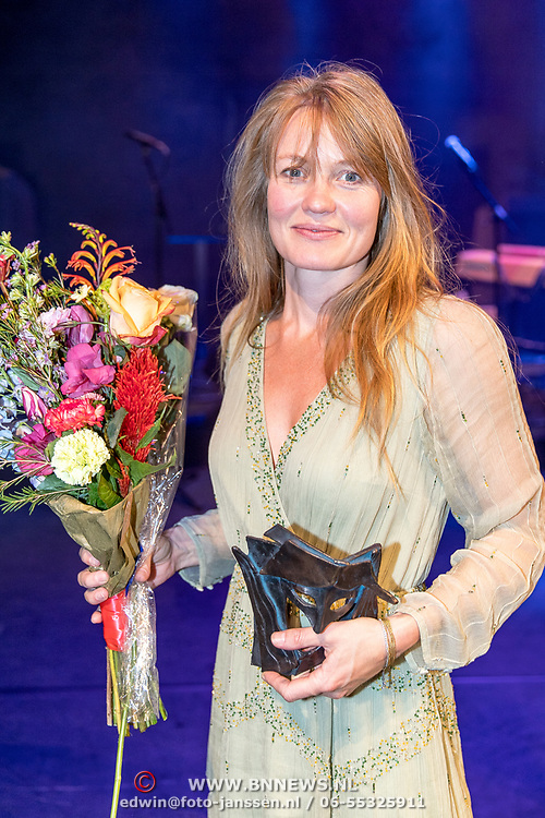 NLD/Amsterdam/20170917 - Gala van het Nederlands Theater 2017, winnaar Colombina Lotte Dunselman
