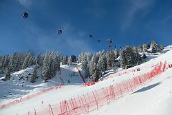 12.01.2013, Karl Schranz Abfahrt, St. Anton, AUT, FIS Weltcup Ski Alpin, Abfahrt, Damen im Bild Features von den Scheeraeumarbeiten im Eisfall // Snow features during ladies Downhill of the FIS Ski Alpine World Cup at the Karl Schranz course, St. Anton, Austria on 2013/01/12. EXPA Pictures © 2013, PhotoCredit: EXPA/ Johann Groder