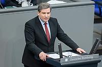13 FEB 2020, BERLIN/GERMANY:<br /> Metin Hakverdi, MdB, SPD, Sitzung des Deutsche Bundestages, Plenum, Reichstagsgebaeude<br /> IMAGE: 20200213-01-042