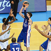 Anadolu Efes's Matthew Janning (C) during their Turkish Airlines Euroleague Basketball Group A Round 1 match Anadolu Efes between Unics Kazan at Abdi ipekci arena in Istanbul, Turkey, Thursday, October 16, 2014. Photo by Aykut AKICI/TURKPIX