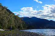 USA, Oregon, Columbia Gorge National Scenic Area, Viento State Park, tourist walking the beach. MR