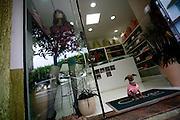 Monte Siao_MG, Brasil...Lojas em Monte Siao...Shops in Monte Siao...Foto: LEO DRUMOND / NITRO