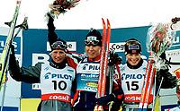 Langrenn. Verdenscup sprint 09.12.2001. Katerina Neumannova vann, Vibeke Skofterud tvåa och Hilde G. Pedersen kom trea.<br /><br />Foto: Niklas Larsson, Digitalsport
