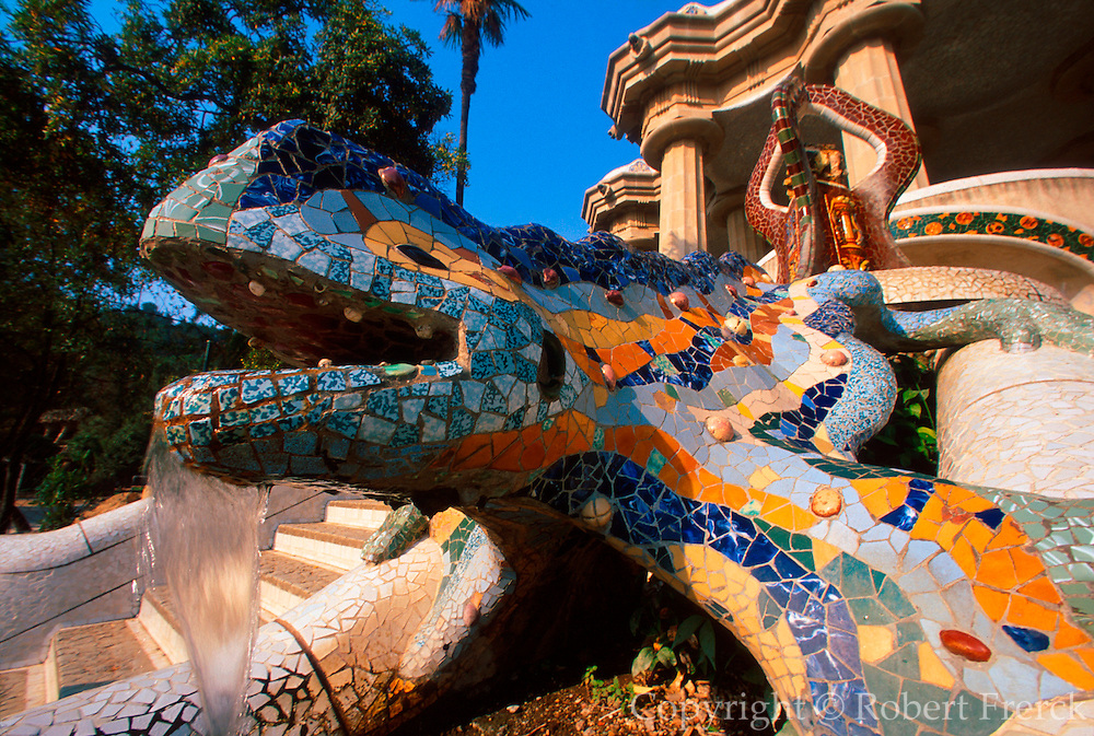 SPAIN, GAUDI, BARCELONA Parc Guell, hillside park, dragon fountain