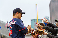 Josh Willingham #16 of the Minnesota Twins signs autographs for fans before a game against the Boston Red Sox on May 17, 2013 at Target Field in Minneapolis, Minnesota.  The Red Sox defeated the Twins 3 to 2.  Photo: Ben Krause
